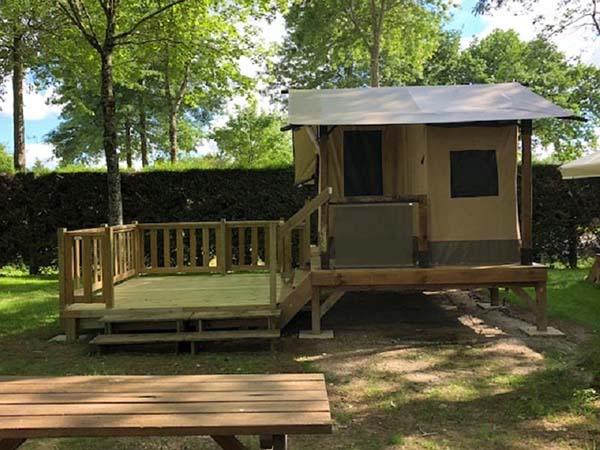 location tente ecolodge camping 3 étoiles à Aizenay